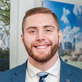 Smiling Busey associate profile photo